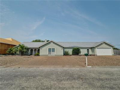 Single Family Home For Sale: 15337 Dasmarinas Dr