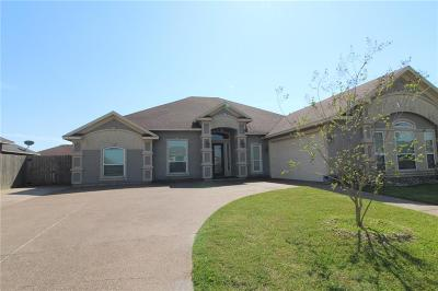 Corpus Christi Single Family Home For Sale: 6433 Coronation Dr