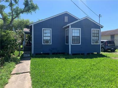 Corpus Christi Multi Family Home For Sale: 119 Edwards St