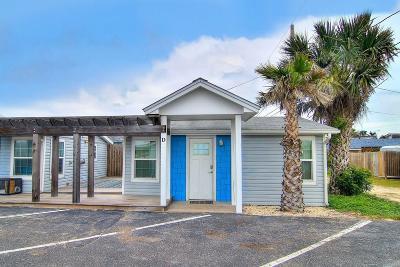 Port Aransas Condo/Townhouse For Sale: 523 S Station St #D