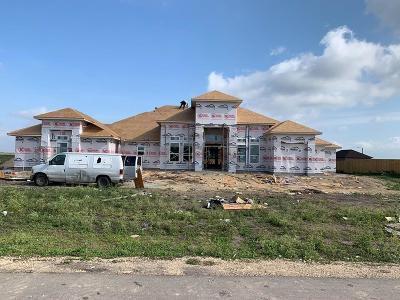 Corpus Christi TX Single Family Home For Sale: $499,900