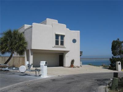 Corpus Christi Single Family Home For Sale: 13502 Port Royal Ct