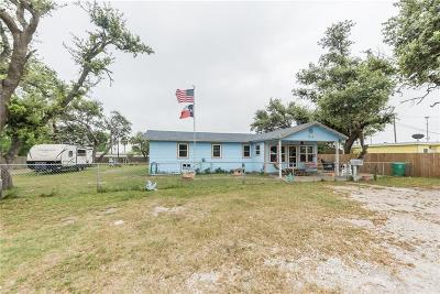 Aransas Pass Single Family Home For Sale: 617 N Houston St