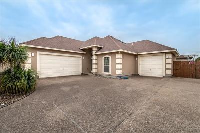 Corpus Christi Single Family Home For Sale: 15721 Finistere St
