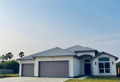 Corpus Christi Single Family Home For Sale: 13830 Longboat Dr