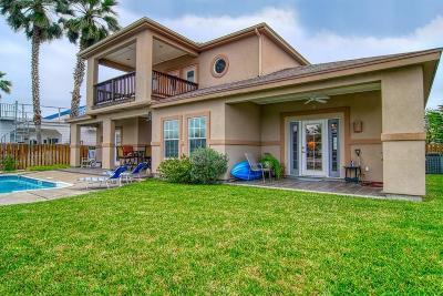 Aransas Pass Single Family Home For Sale: 1050 Bay St