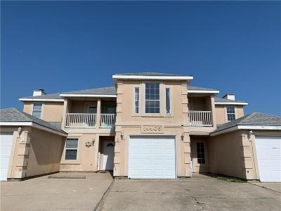 Condo/Townhouse For Sale: 14405 E Cabana St #C