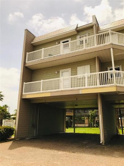 Port Aransas Condo/Townhouse For Sale: 900 Station St #B2