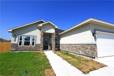 Corpus Christi Single Family Home For Sale: 11509 Pintas Creek