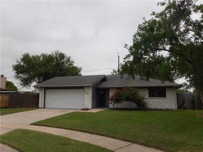 Corpus Christi Single Family Home For Sale: 2502 Fiji Circ