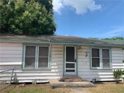 Corpus Christi Single Family Home For Sale: 2534 Tarlton St