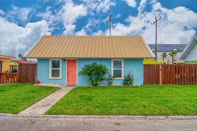Port Aransas Single Family Home For Sale: 134 Alister St #4