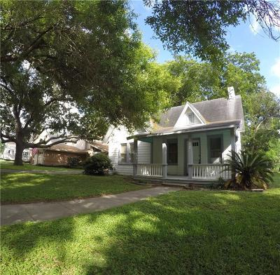 Corpus Christi Single Family Home For Sale: 317 Atlantic St
