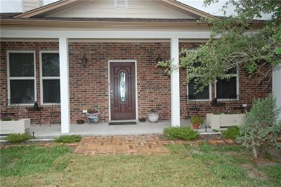 Aransas Pass Single Family Home For Sale: 1247 West Highland Ave