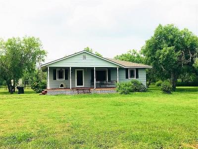 Sinton Single Family Home For Sale: 17328 Fm 3089