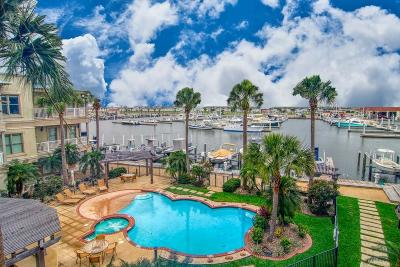 Port Aransas Condo/Townhouse For Sale: 224 W Cotter Ave #204