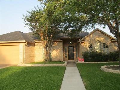 Corpus Christi Single Family Home For Sale: 7114 Spanish Wood Dr