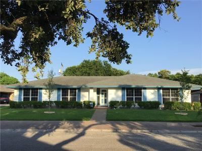 Corpus Christi Single Family Home For Sale: 437 Chase Dr