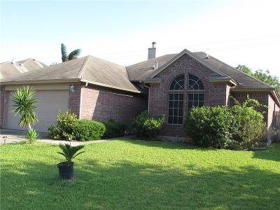 Corpus Christi Single Family Home For Sale: 5925 Sutherland Dr