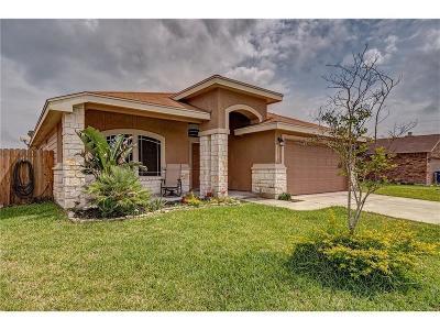 Corpus Christi Single Family Home For Sale: 2218 Retta Dr