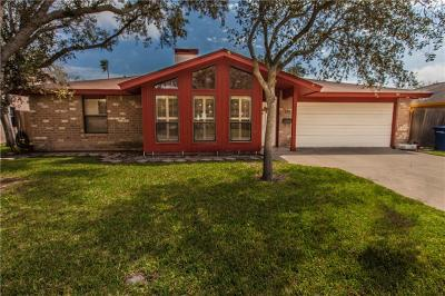 Corpus Christi Single Family Home For Sale: 513 Poenisch Dr