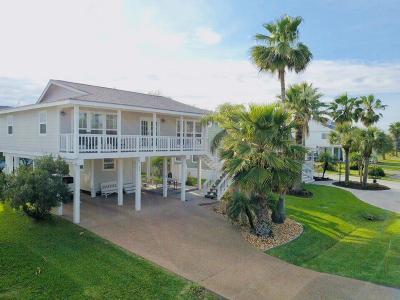 Rockport Single Family Home For Sale: 30 Nassau Dr