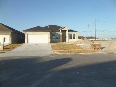 Corpus Christi Single Family Home For Sale: 7321 Midlands St