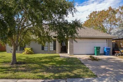 Corpus Christi Single Family Home For Sale: 5929 Choctaw Dr