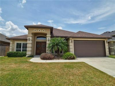 Corpus Christi Single Family Home For Sale: 3725 South Lake Dr
