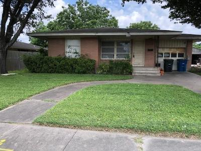 Corpus Christi Single Family Home For Sale: 5722 Hampshire Road