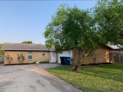 Corpus Christi Single Family Home For Sale: 3309 Meadow Ridge Dr