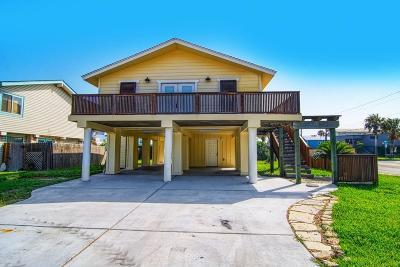 Port Aransas Single Family Home For Sale: 513 Bralley Dr