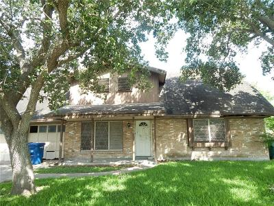 Corpus Christi Single Family Home For Sale: 4666 Mildred Dr
