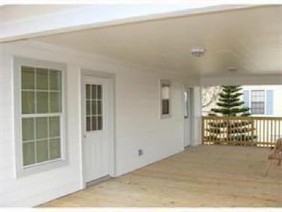 Corpus Christi Single Family Home For Sale: 203 Juniper Dr
