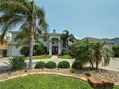 Single Family Home For Sale: 13842 Hawksnest Bay Dr