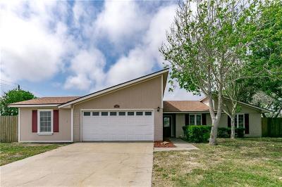 Corpus Christi Single Family Home For Sale: 13853 Jolly Roger St