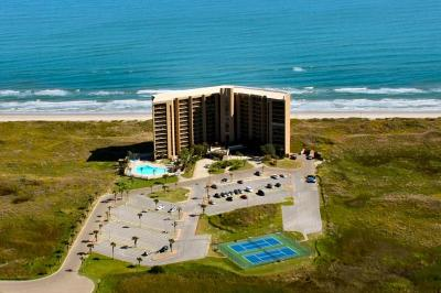Port Aransas Condo/Townhouse For Sale: 6745 Seacomber Dr #901