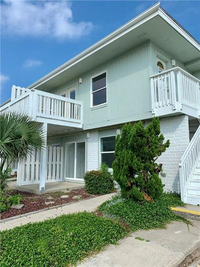 Port Aransas Condo/Townhouse For Sale: 4901 State Highway 361 #104
