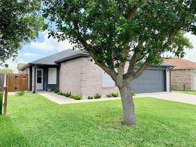 Aransas Pass Single Family Home For Sale: 1530 Windy Oaks Dr
