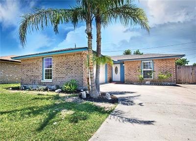 Corpus Christi Single Family Home For Sale: 737 Orleans Dr