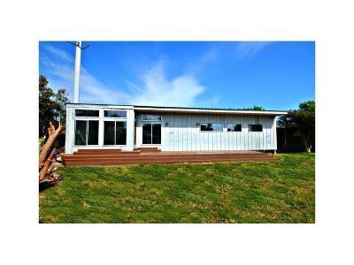 Port Aransas Single Family Home For Sale: 429 E White Ave
