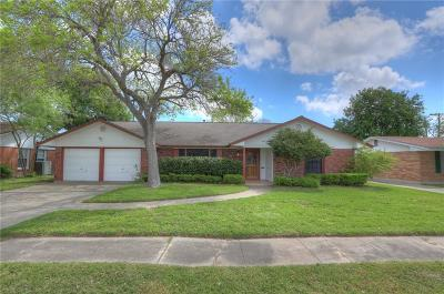 Corpus Christi Single Family Home For Sale: 433 Parade Dr