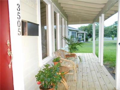 Corpus Christi Single Family Home For Sale: 3505 Austin St