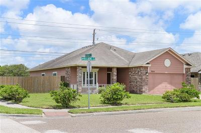 Corpus Christi Single Family Home For Sale: 7614 Angelwing Dr
