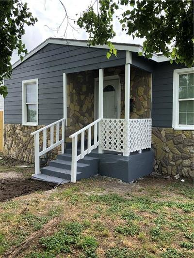Corpus Christi Single Family Home For Sale: 2617 Elizabeth St