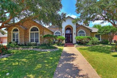 Corpus Christi Single Family Home For Sale: 7805 Lovain Dr