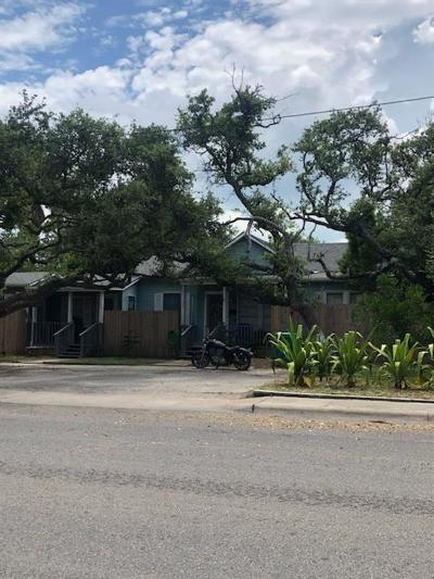 Aransas Pass Single Family Home For Sale: 337 W Wilson Ave