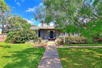 Corpus Christi Single Family Home For Sale: 242 Ohio Ave