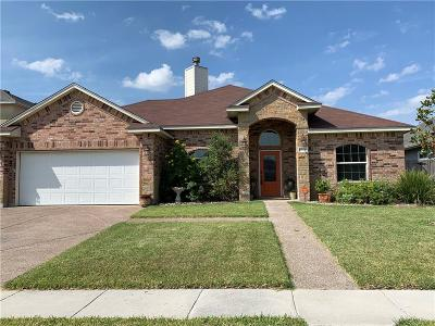 Corpus Christi Single Family Home For Sale: 6929 Round Table St