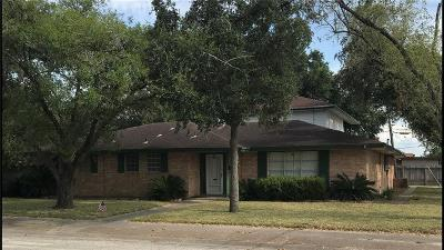 Kingsville Single Family Home For Sale: 1723 Santa Cecilia